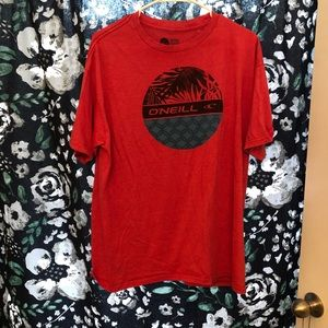 ONeill t-shirt salmon colored!